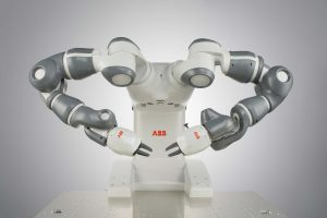 Simulation in the Control Loop: Control and Collision Detection for Collaborative Robots